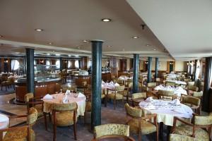 Lady_Mary_Nile_cruise_restaurant